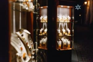 LED Lights - The Silver Lining of Jewellery Stores