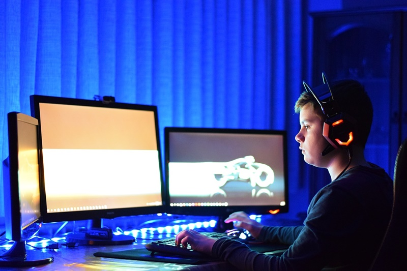 Best Ways to Make Money Playing Video Games
