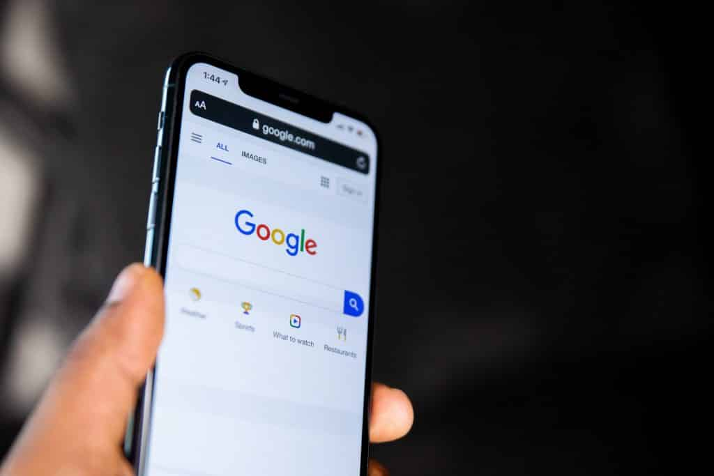 Google Search - Apple